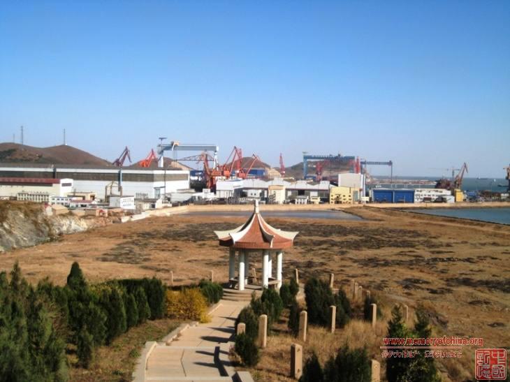 葫芦岛张学良筑港纪念碑