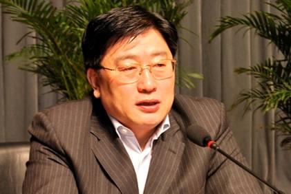 朝阳市委书记陈铁新:在创先争优中为民谋福祉