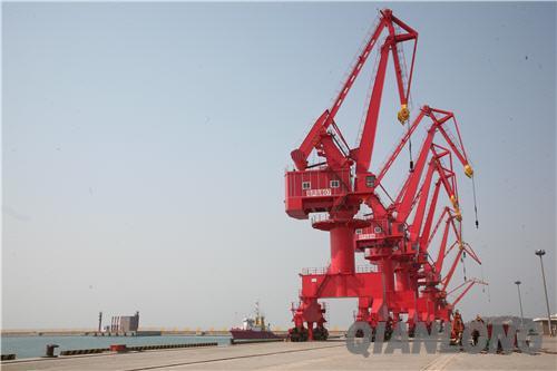 葫芦岛港(资料图片)