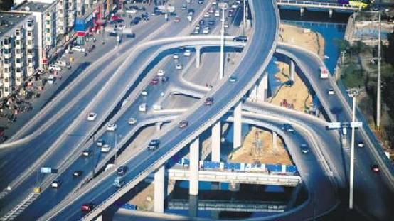 地道桥延伸为辅的两种结构形式